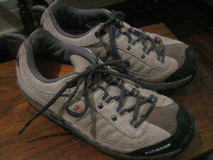 Good Quality Woman's Hiking Shoes Made By Garmont Size 8.5