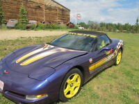 Selling by Auction a 1998 Corvette Pace Car