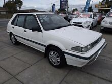 1990 Nissan Pulsar Q White 5 Speed Manual Hatchback Park Holme Marion Area Preview