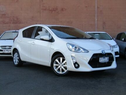 2015 Toyota Prius c NHP10R i-Tech E-CVT White 1 Speed Constant Variable Hatchback Hybrid