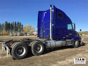 2012 Volvo VVN T/A Highway Tractor