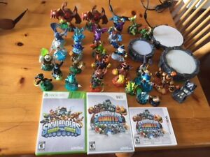 Skylanders - 27 + 4 games and portals (XBOX 360, Wii & 3DS)