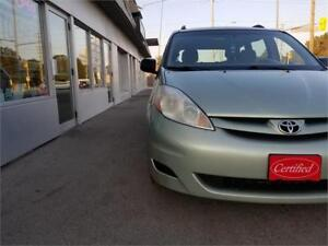 2008 Toyota Sienna CE Ceritified Clean CarProof Accident Free.