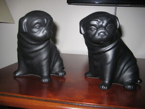 PUG - Book ends