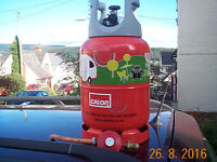 Full and unused LITE propane gas bottle and regulator for caravan and campervan, SA8..