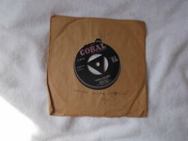 Vinyl 7inch 45 It Doesn't Matter Anymore / Raining In My Heart – Buddy Holly Coral 45 Q 72360