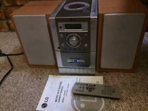 LG Micro Hi Fi stereo system  DVD & tape deck feature Coffs Harbour Coffs Harbour City Preview