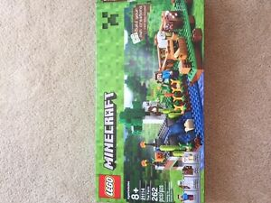 """Minecraft Lego """"The Farm"""" - assembled once ~ 100% complete"""