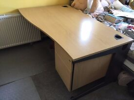 Office wave desk 1600 x 800 with two drawer unit