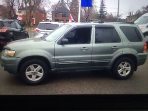 MINT 2006 Ford Escape HYBRID SUV 4WD FULLY LOADED LOW KM