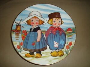 DOLLY DINGLE VISITS HOLLAND PLATE  -  $39.99