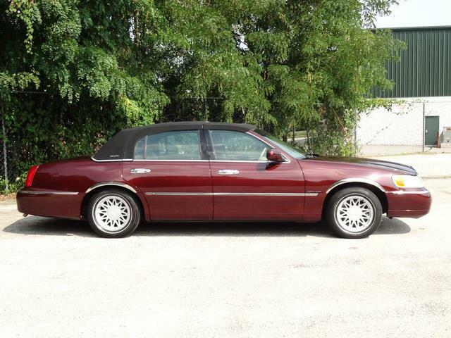 Image 8 Voiture American used Lincoln Town Car 2000
