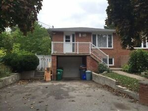 !! All Inclusive 3 Bedrooms In The Heart Of Brampton Downtown !!