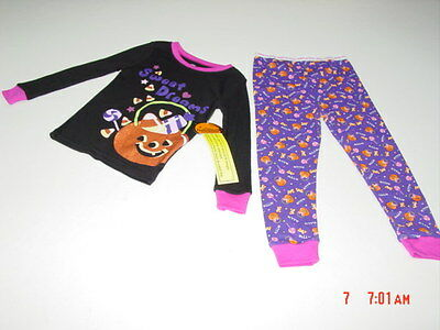 NWT Infant / Toddler 2 piece Halloween Themed Pajamas Sweet Dreams Candy - Halloween Themed Dessert