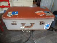 OLD TYPE SUITCASE WELL TRAVELLED