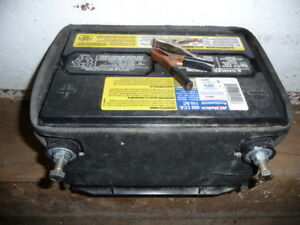 AC delco battery charged at 12.5 volts, 800 CCA, boat, rv, car