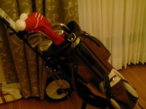 Golf clubs, bag and cart for Sale