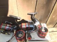 Shimano Aernos 4000 FA matching pair boxed with spare spools