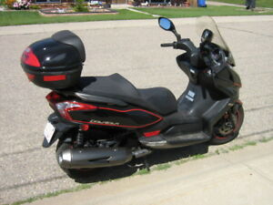 2013 Kymco 300cc highway scooter
