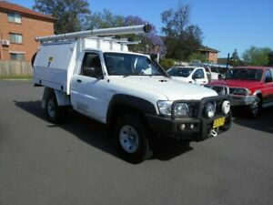 2015 Nissan Patrol MY14 DX (4x4) White 5 Speed Manual Leaf Cab Chassis Bankstown Bankstown Area Preview