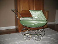 THISTLE DOLL CARRIAGE - GREEN - ANTIQUE