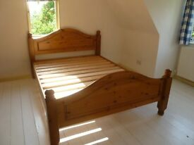 "4'6"" Pine bed with mattress (Double)"