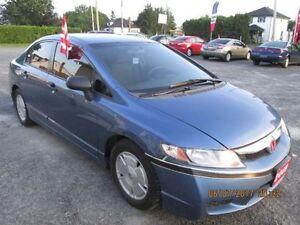 SAFETED 2009 Honda /AC/ standard transmission
