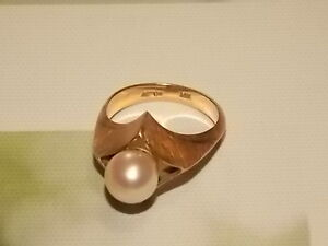 Solid 14K Gold/ Pearl 'ASTOR' Ring Armidale Armidale City Preview