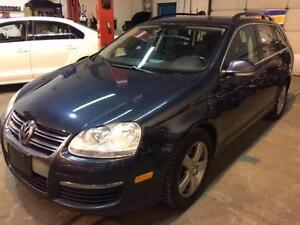 2009 Volkswagen Jetta Wagon, Automatic, Alloys, Heated Seats!!