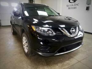 2016 Nissan Rogue S AWD One Owner Low KM Clean Factory Warranty