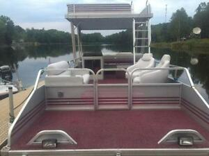 ***SOLD*** DOUBLE DECKER! 27' PRINCECRAFT 2 STORY PONTOON! Peterborough Peterborough Area image 2