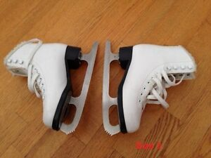 Cameo by Jackson Figure Skate size 3 white