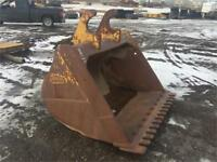 "Finning brand 60"" Cleanup bucket 320 cat Hoe new serrated edge! Edmonton Edmonton Area Preview"