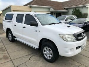 2009 Toyota Hilux KUN26R 08 Upgrade SR (4x4) White 5 Speed Manual Dual Cab Pick-up Park Holme Marion Area Preview