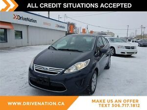 2012 Ford Fiesta SE LOW MILEAGE! GREAT FOR IN CITY DRIVING!