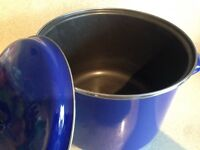 Very large stock pot and lid 6 litres Royal Blue enamel stainless lip New