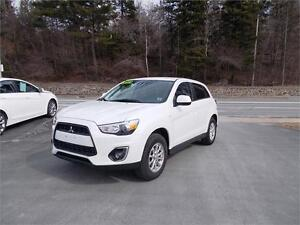 2013 MITSUBISHI RVR 4WD LOADED! LOTS OF WARRANTY LEFT! APPLY NOW