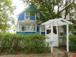 Lovely 3 Bedroom Home on Avenue B North Available Immediately
