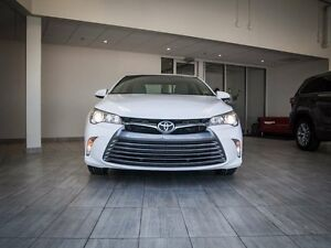 2015 Toyota Camry LE, Touch Screen, Back Up Camera, AUX/USB, Blu Edmonton Edmonton Area image 3