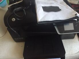 HP 6600 multi function printer with some spare cartridges and original box