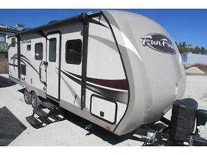 DISCOVER FUN AND QUALITY IN THIS FUN FINDER 242 BDS!