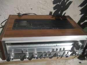 pioneer stereo receiver sx-3700, 360 VA, 290W. Made in Japan. Vi