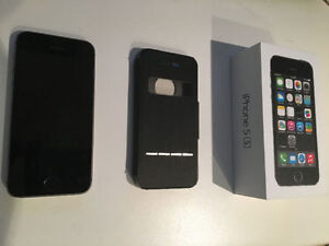 iPhone 5s 64 GB, UNLOCKED, Space Grey Excellent condition