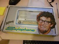 stylophone with original box and manual. rare white edition bargain.