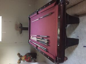 Pool table 4X7 Dufferin