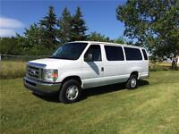 2013 Ford E-350 XL 15 Passenger Van LOADED!