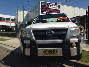 2007 Toyota Hilux GGN25R 07 Upgrade SR (4x4) White 5 Speed Manual Dual Cab Pick-up St Marys Penrith Area Preview