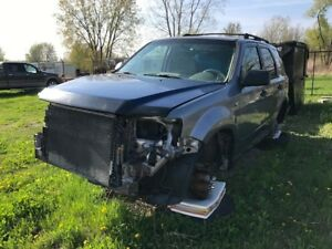 2008 Ford Escape xlt parts car