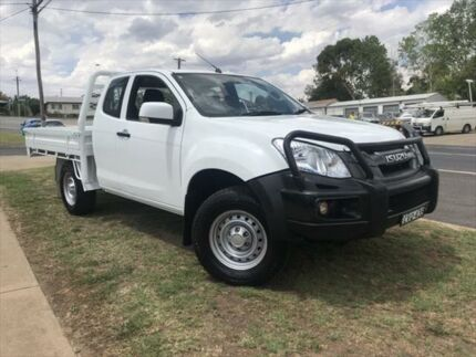Used D-Max MY15 4x4 Space Cab Chassis SX Manual Young Young Area Preview