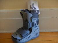 Orthopaedic boot